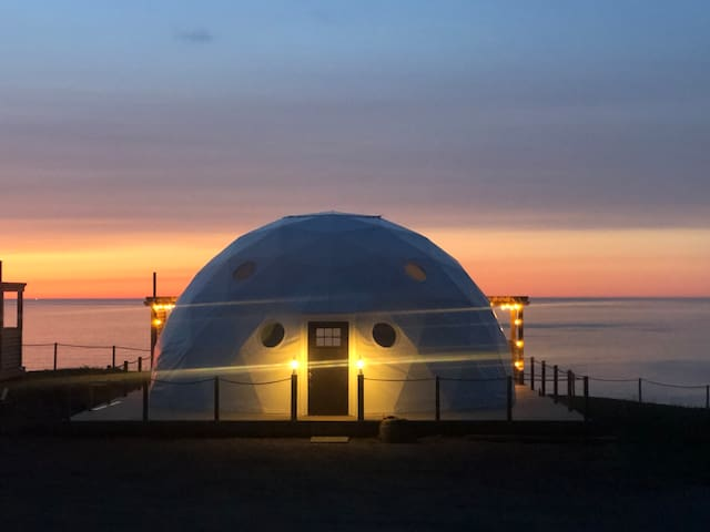 The Sea-Spray Family Dome, True North Destinations
