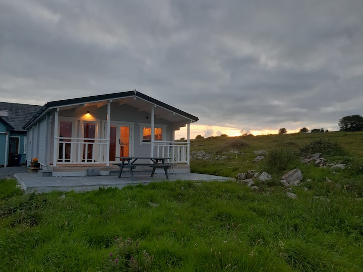 Burren Farm Log Cabin - Unique, Cosy & Comfortable