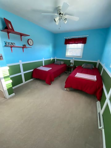 Bedroom 3 (main level) - 2 twin XL beds, great for kids or push the beds together to make a king size bed!
