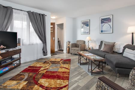 $980 special for immediate 14-day stay on Penn-2BR