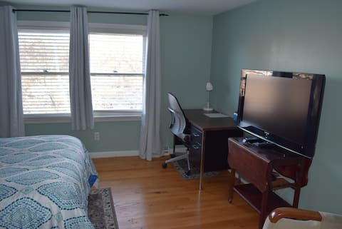 A Beautiful/Cozy Private Suit near UMass