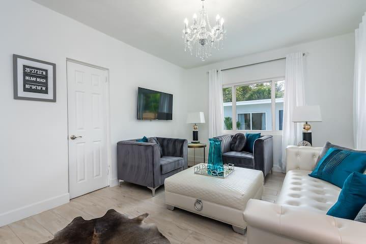 Saltwater Villa- Living Room