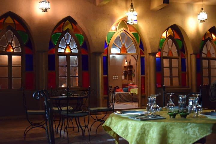 Carrefour des Nomades - Kasbah Hotel de charme