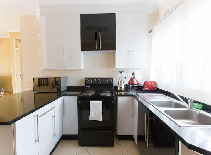 Luxury modernly fully furnished apartment