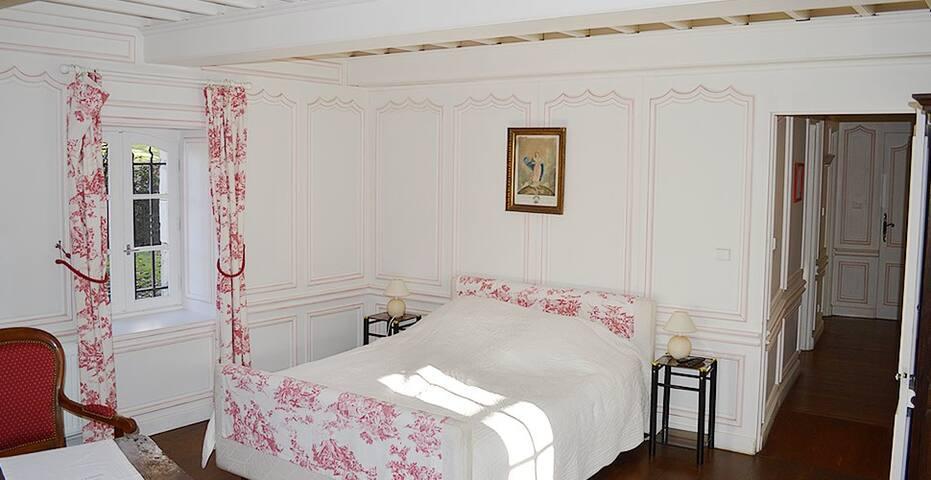 Le romantique au Château de Cas - Caylus - Feriehjem
