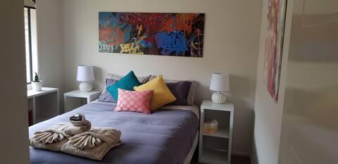 Settlers' B & B bedroom 3; Casino Bed & Breakfast