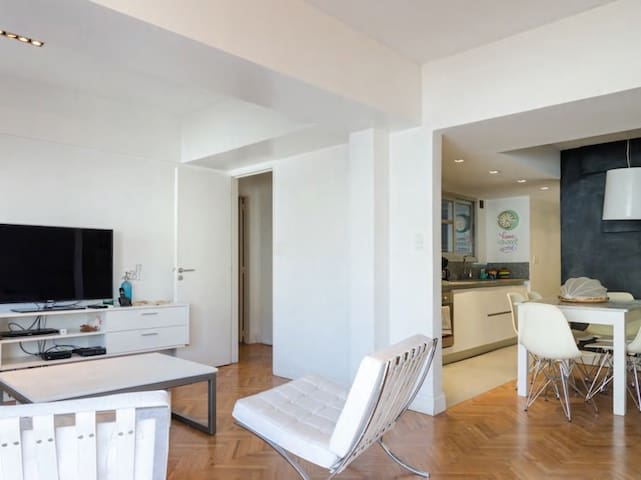 Charming apt in the Heart of Recoleta
