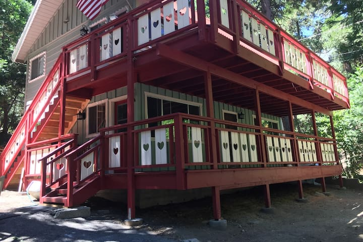 Near the Lake and Lodge - Lower unit duplex