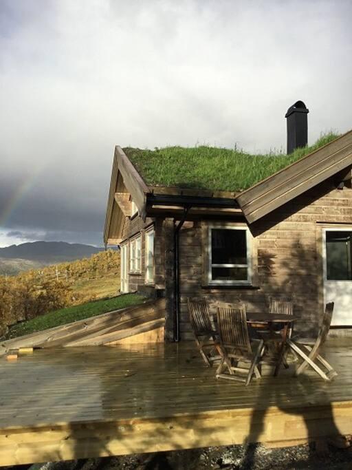 Ny stor hytte ved Tyin- Filefjell. Nær Jotunheimen! Ledig i juni og juli.