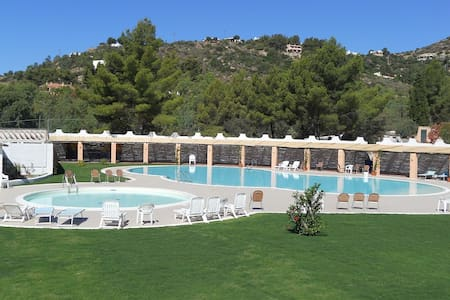 Haus mit Pool, Garten und Strand mit Beach Club - Santa Margherita di Pula