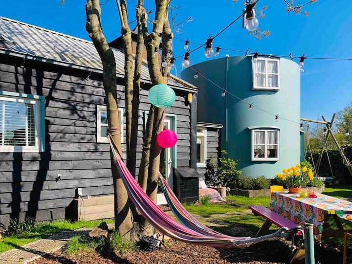 Uniek huis op een eiland vlakbij Amsterdam