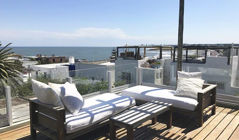 Hermoso apto/casa en La Barra - muy cerca del mar