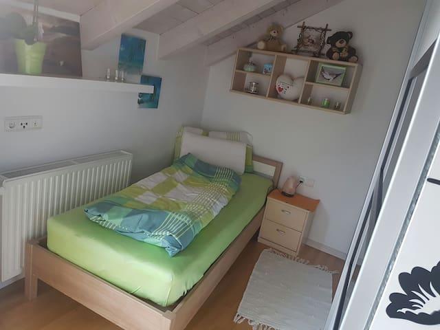 Einzelzimmer direkt in Brixen - Brixen - Pis
