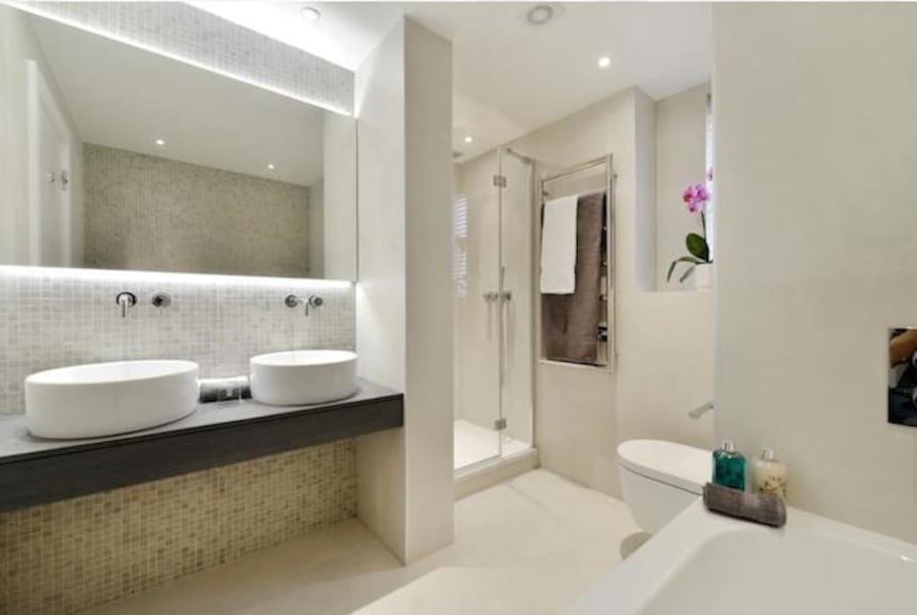 Private bathroom in the master bedroom