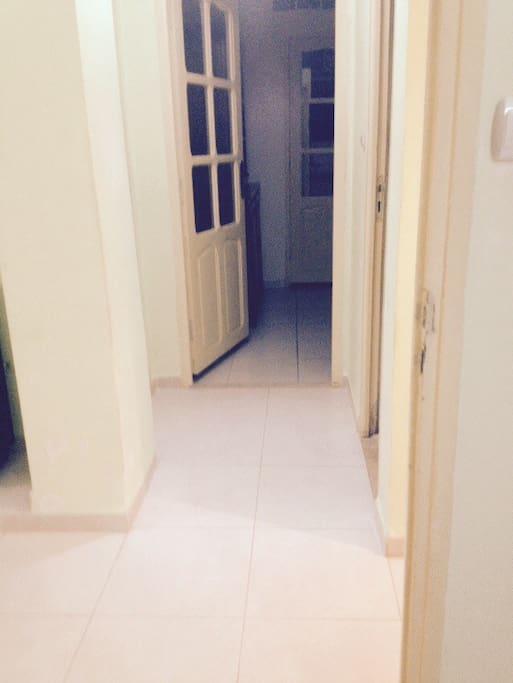 Couloir vers la cuisine