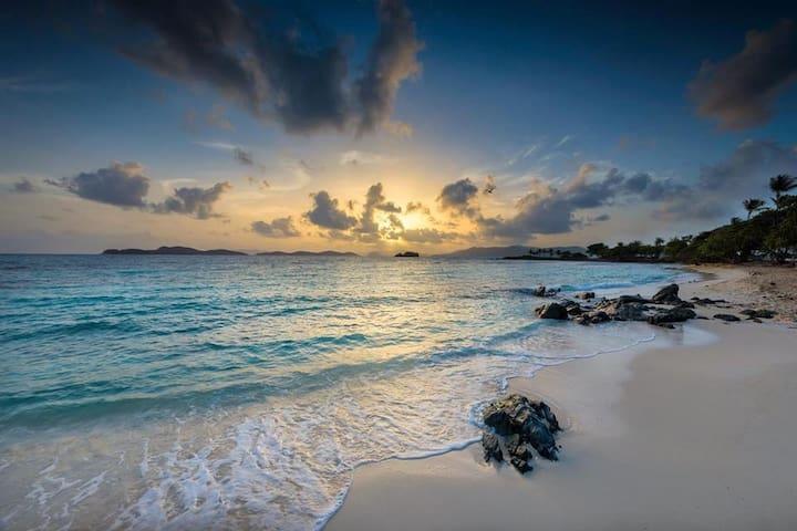 SAPPHIRE VILLAGE OCEAN FRONT
