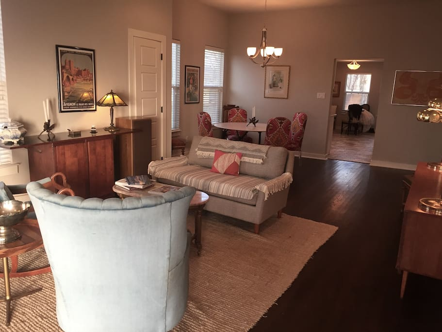 Formal sitting room and dining room.