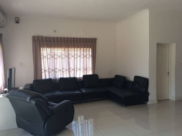 Charming furnished townhouse in BCA