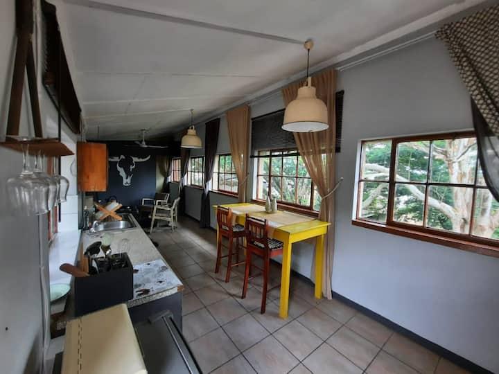 Nsezi Lake Cottage 2