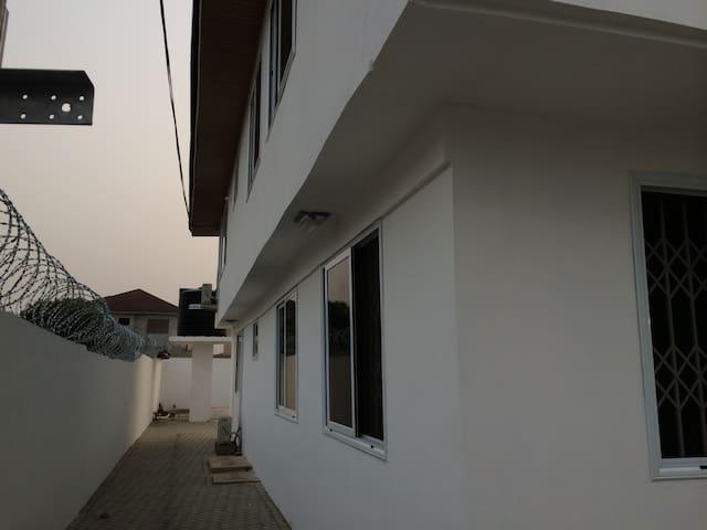 ACCRA HOME