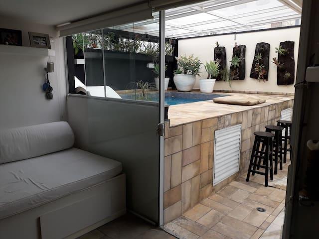 loft cobert piscina privê sauna teto retr lareira