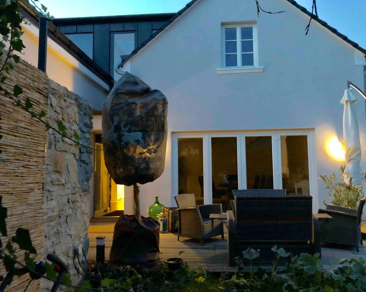 Luxuriöses Ferienhaus am Rhein