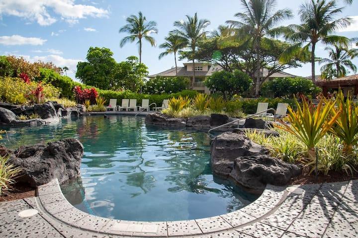 Ideal Location! Gorgeous Villa Across from Pool! Waikoloa Beach Villas A4
