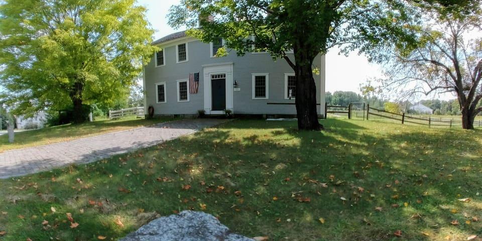 1767 Pettengill House