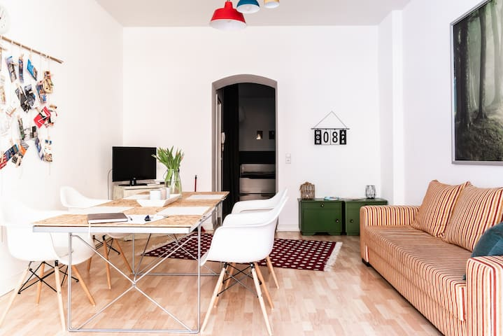 Family-friendly apartment in the center of Berlin