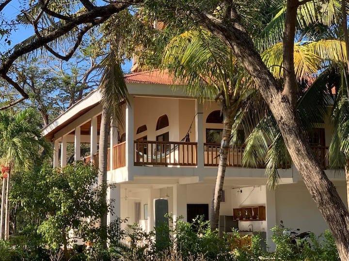 Casa Alacrán en Playa Negra