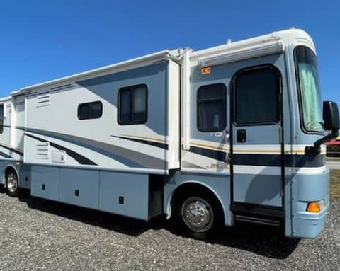 Huge 40' RV in a campground Sault Ste. Marie USA