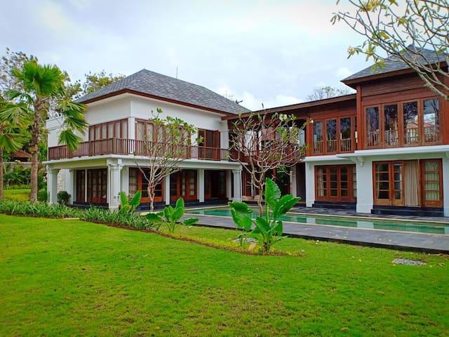 Kayumera Villa Jimbaran ~ SPECIAL PRICE !