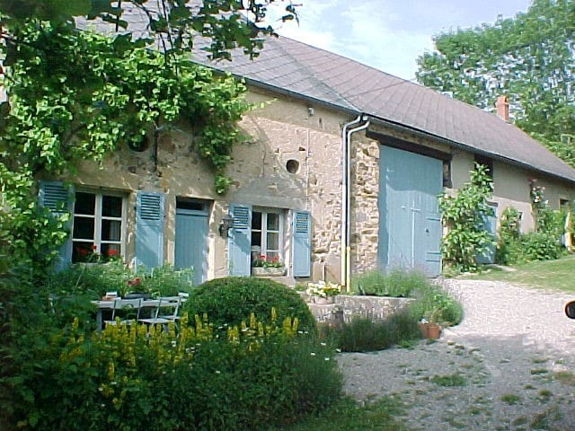B&B 'Montgaudon' in het hart van de Bourgogne - Préporché - Bed & Breakfast