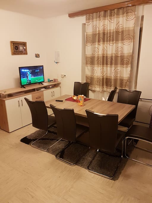 Room To Rent In Edin