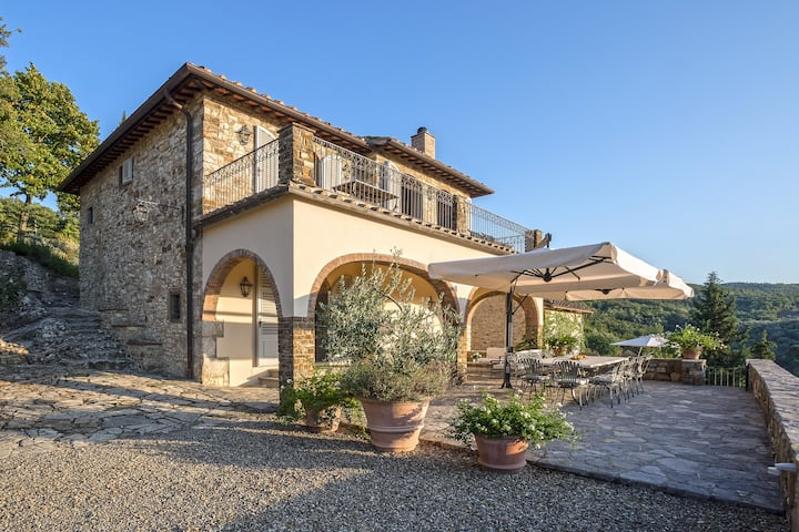 Magnificent Tuscan Villa, perfect for the family
