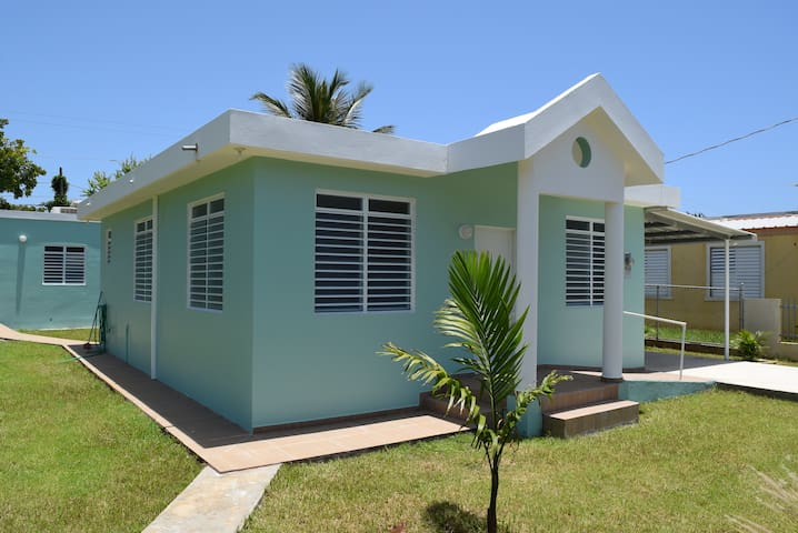 Updated & Breezy 2 BR Home, Close to Everything