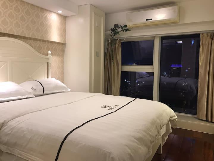 云墅·中南城欧式温馨两房复式公寓