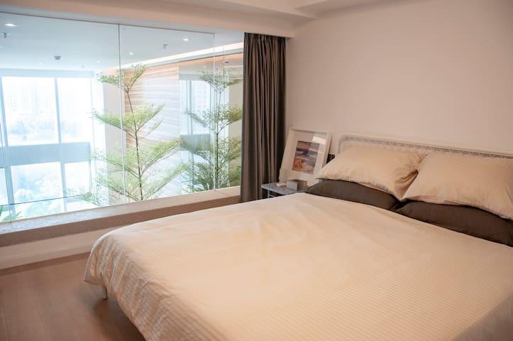 公寓二层-卧室2 / room 2 / комната 2