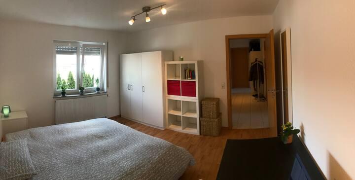 1 Privatzimmer in einer modernen 2Zi Wohnung