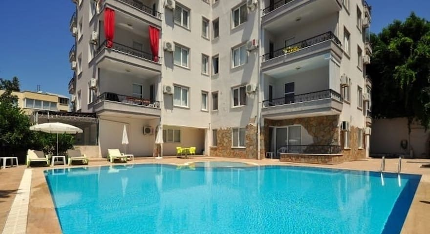 1+1 apartment close by the beach, Alanyum & Oba!