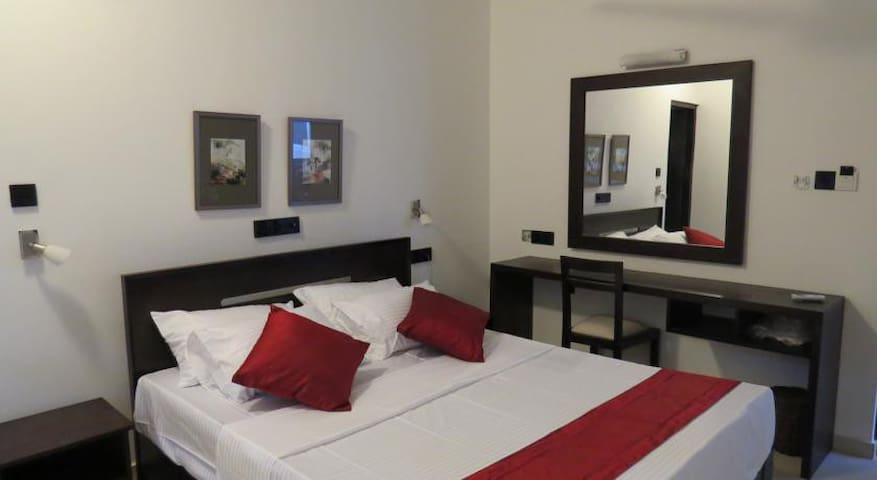 Classy Room at Colombo 6 - Colombo