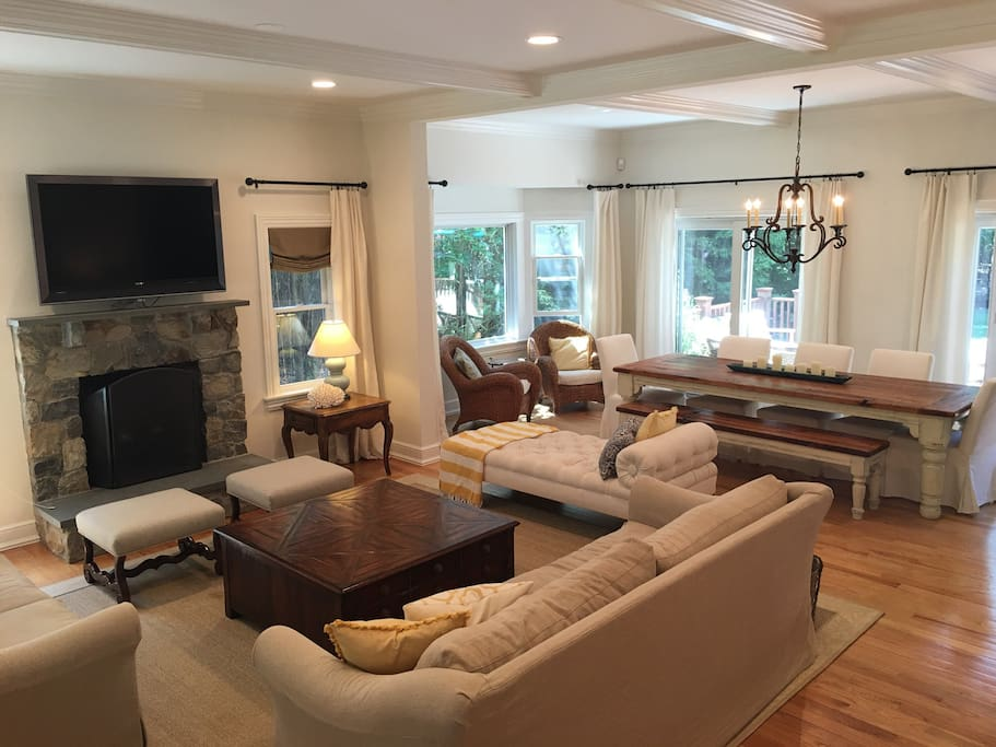 Bright open floor plan with cozy gas fireplace