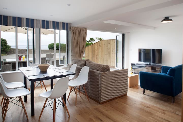 Falmouth Suites - 2 Bedroom Lodge