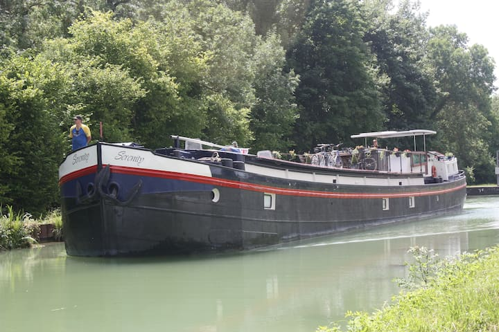 Stay on a canal barge! - Sillery - Bed & Breakfast