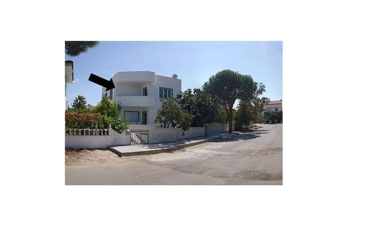 Clean & cozy! Fully equipped! 250 m to the beach