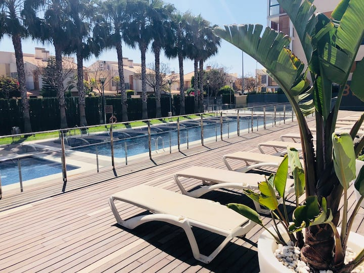 Apartamento con jardín privado Playa Muchavista