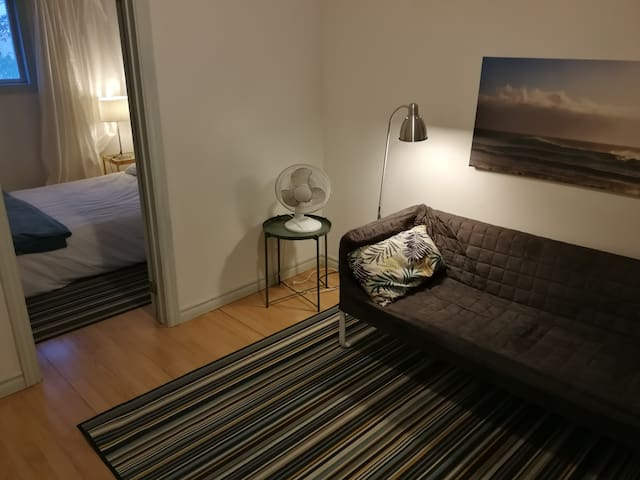 Economy 2Bed/2Bath Suite 1 Min from Subway (93-3)