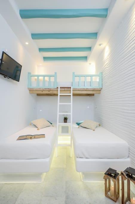 Beautiful cycladic family apartment
