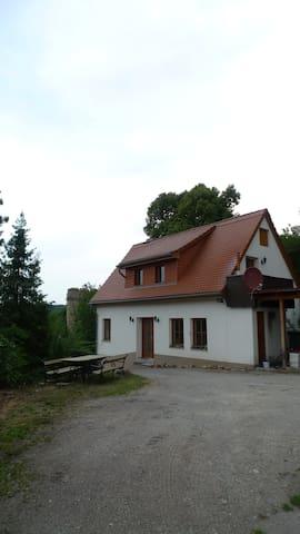 Ferienhaus Zweiburgenblick - Kranichfeld - House