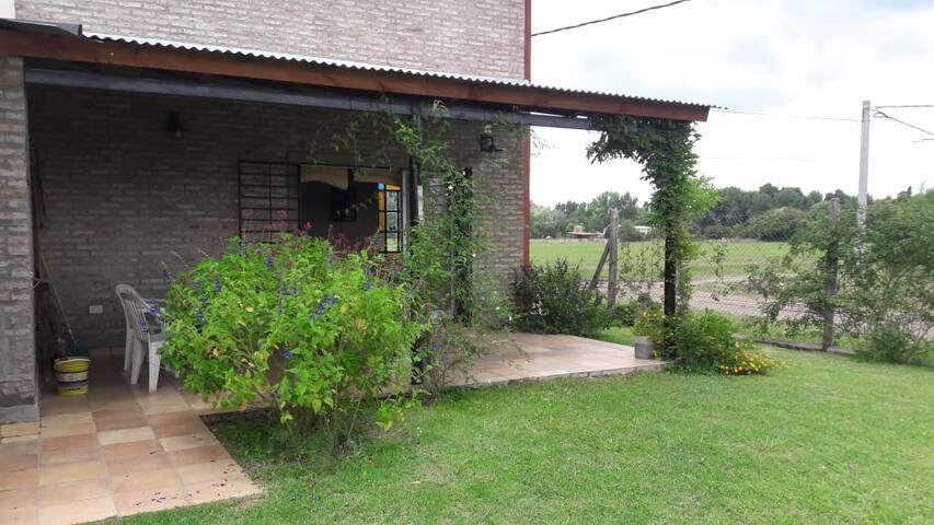 Casa de campo muy cerca de Rosario.